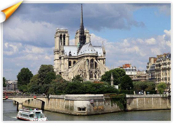 MODERN HOTEL est proche des grands monuments de Paris, Opéra Bastille, Notre dâme, Place des Vosges, Louvre
